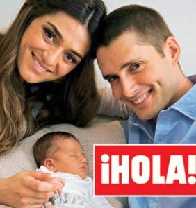 Olivia Molina y Sergio Mur presentan a su hija en Hola
