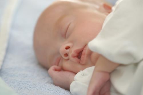 Dormir poco ¿puede hacer que tu hijo sea obeso?