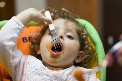 La malnutrición en los bebés, uno de los efectos de la crisis